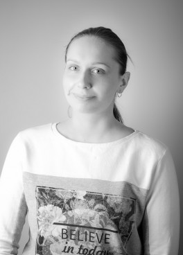 KAROLINA HUMIN